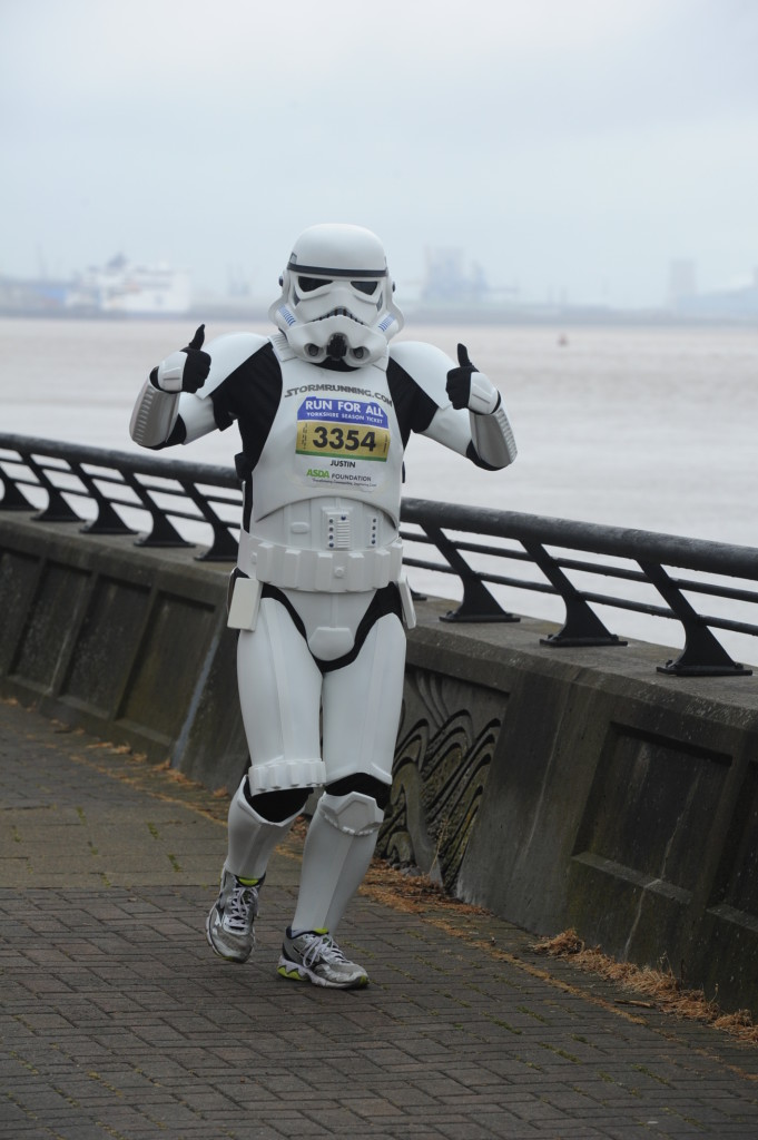 Justin Arnold, the running Stormtrooper at the Hull 10k, 2015